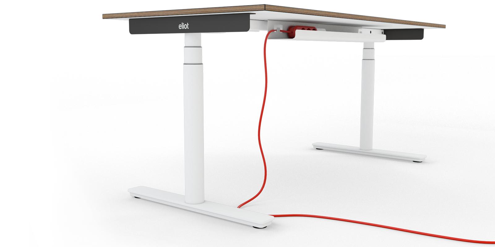 Höhenverstellbare Schreibtische und Kabelmanagement 2